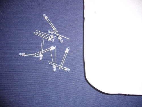 Светодиоды и пенопласт