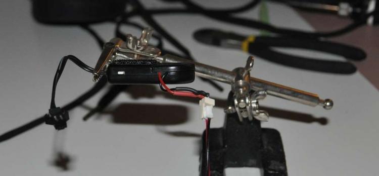 Общий вид переделанного инвертора для светящихся кроссовок