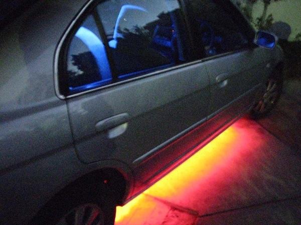 Светодиодная подсветка днища автомобиля
