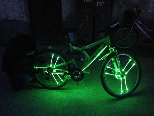 Подсветка на велосипедные колеса своими руками6